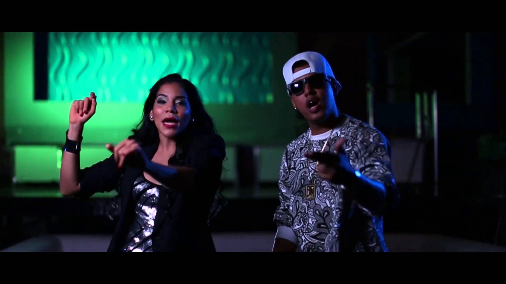 Heidy Brown ft Bulova - La Pelicula (Video Official)