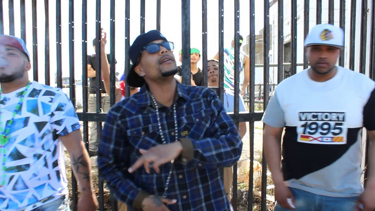 Machete Ft. Chris Green – La Calle (Official Video)