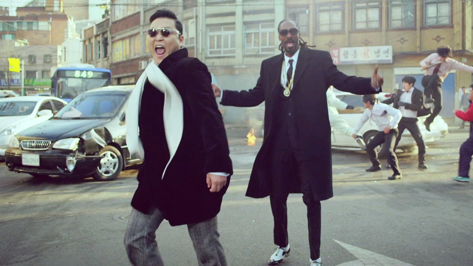 PSY ft Snoop Dogg – HangOver (Official Video)