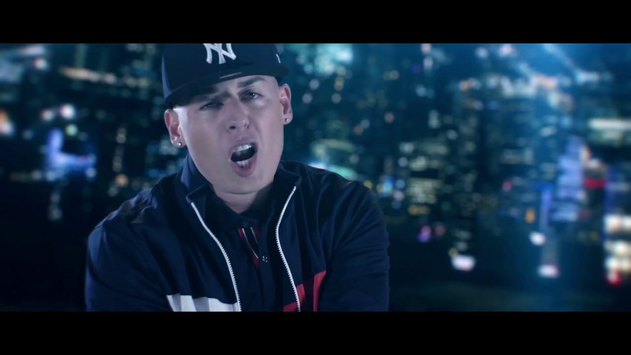 Kevin Roldan, Cosculluela & Bryant Myers - Si Te Quedas (Official Video)