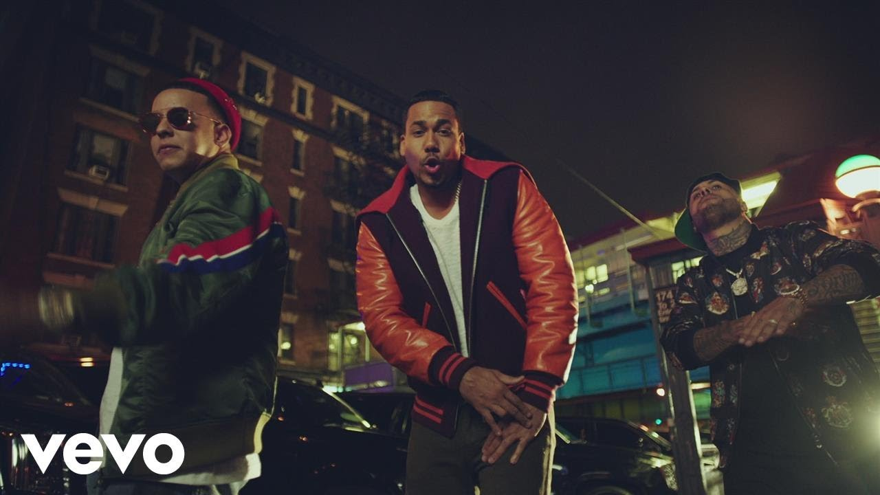 Romeo Santos ft Daddy Yankee & Nicky Jam – Bella Y Sensual (Official Video)