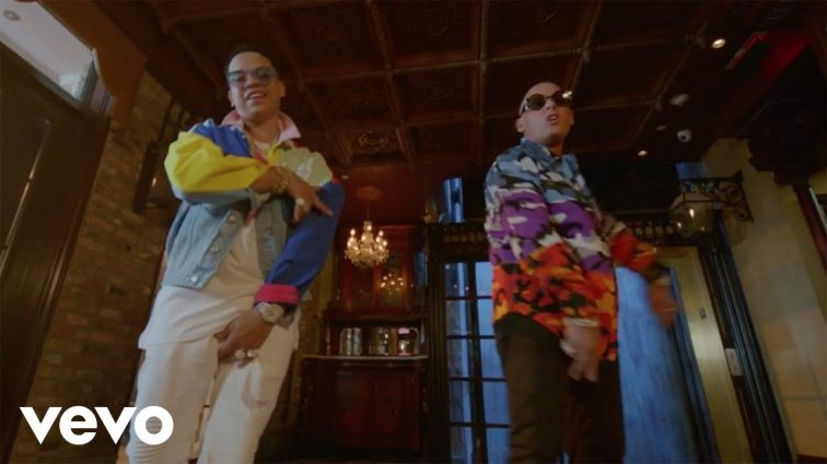 J Alvarez ft Cosculluela - De La Mia Personal Remix (Official Video)