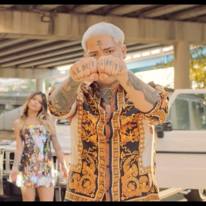 Almighty – Fluye (Video Oficial)