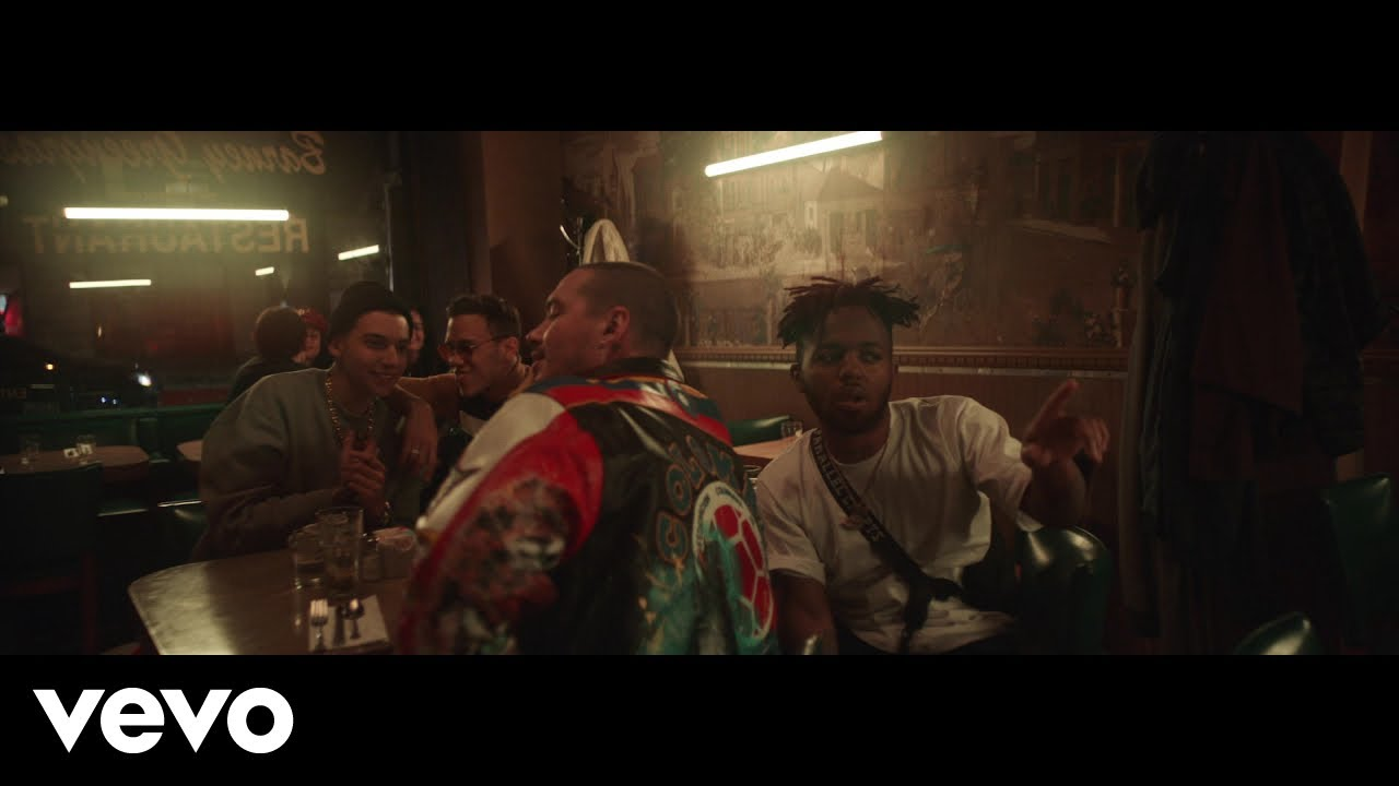 Sky ft J Balvin, Jhay Cortez, MadeinTYO - Bajo Cero (Official Video)