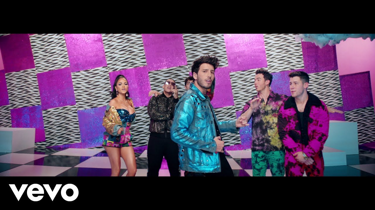 Daddy Yankee, Natti Natasha, Sebastian Yatra & Jonas Brothers - Runaway (Official Video)