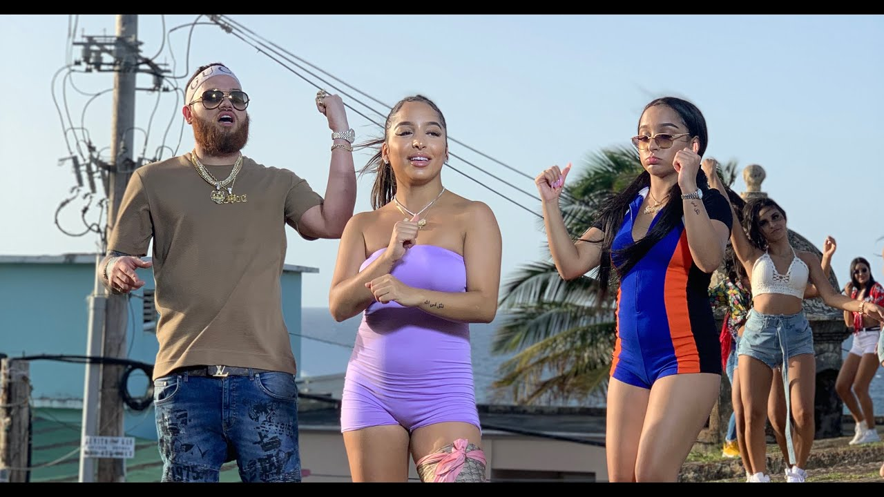 SiAngie Twins ft Miky Woodz - Watch Me Go (Official Video)